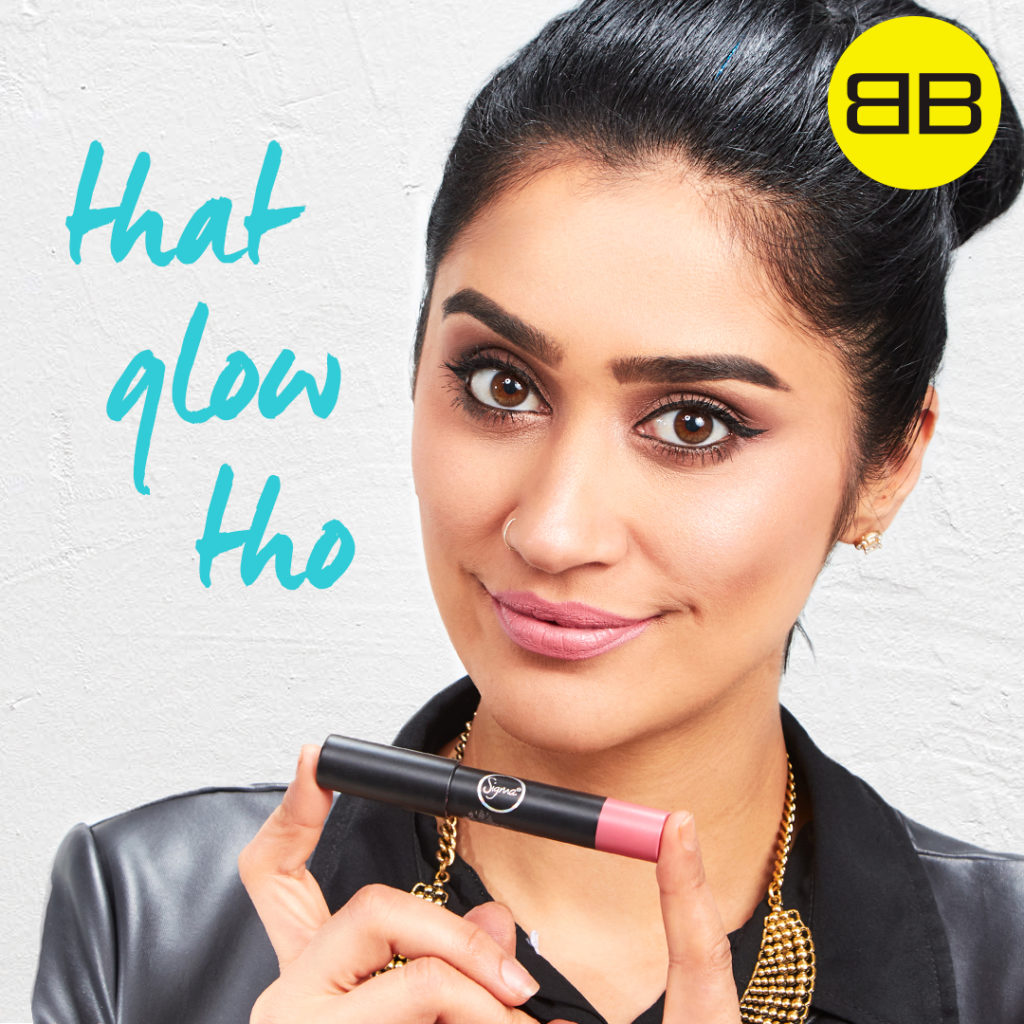Party Perfect with Sigma Beauty| Image of Saba with finished makeup holding Sigma Power Crayon